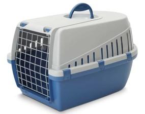 Жесткая пластиковая переноска для собак